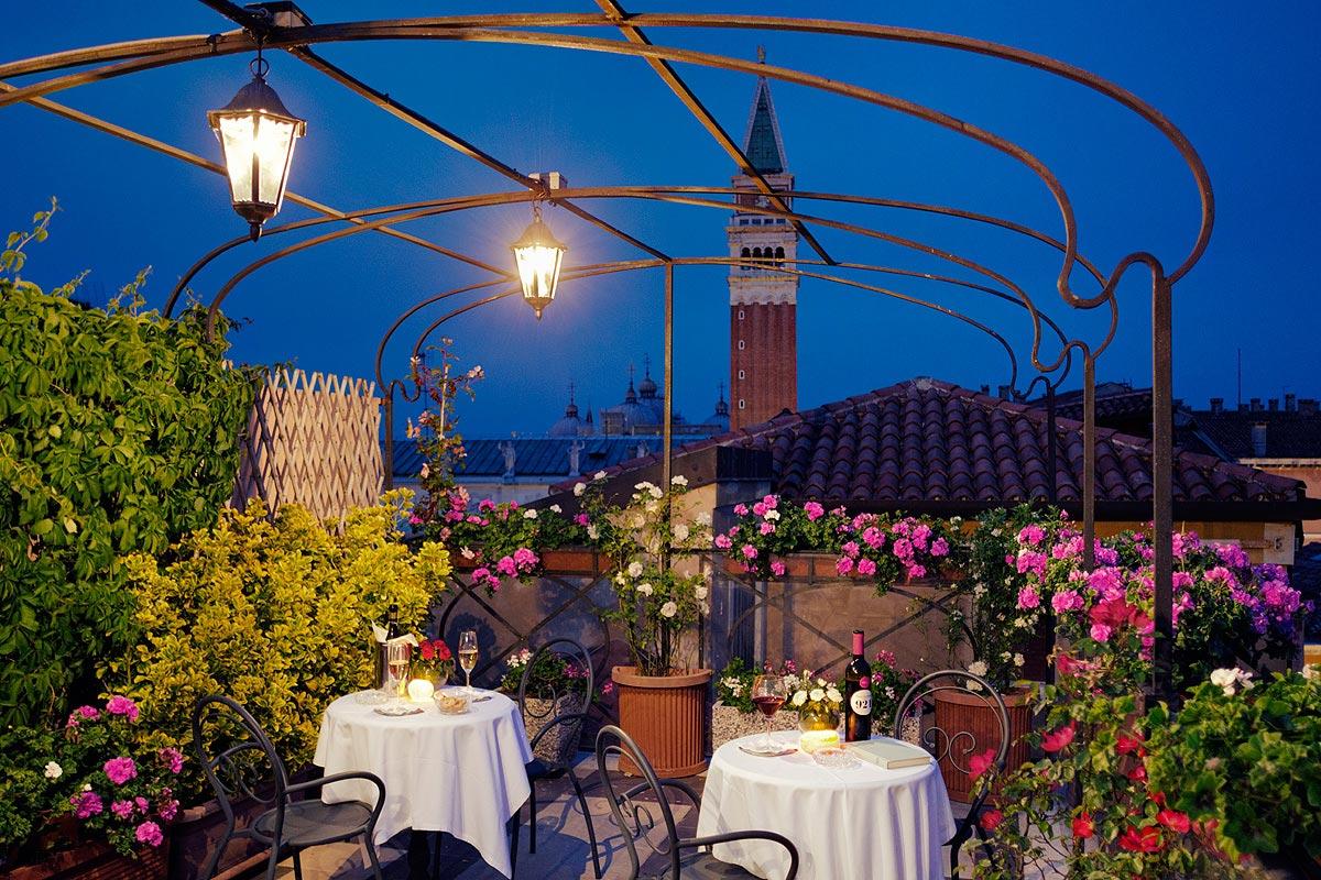Hotels In Venice Hotel Albergo Firenze Venice